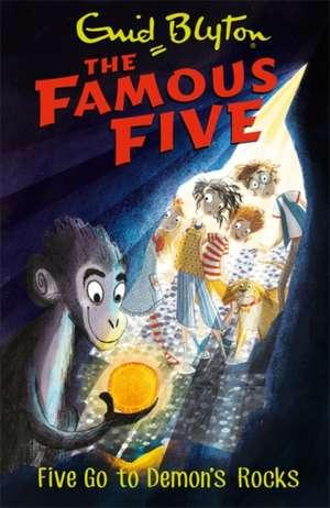 Famous Five: Five Go To Demon's Rocks de Enid Blyton